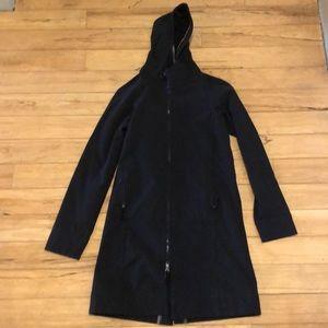 Lululemon vintage apres raincoat size 4